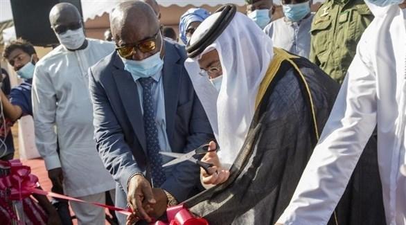 جانب من مراسم افتتاح المستشفى في كوناكري أمس الأربعاء (وام)