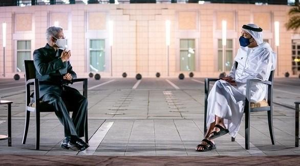 جانب من لقاء الشيخ عبدالله بن زايد ووزير الخارجية الهندي (وام)