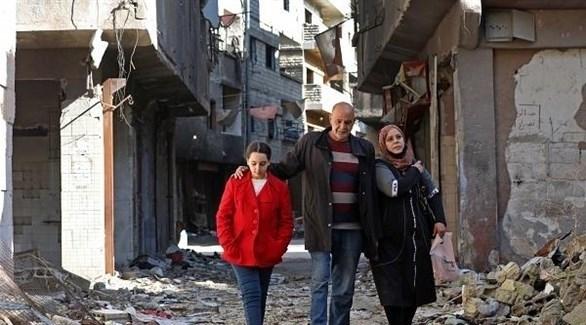 نازحون من مخيم اليرموك في دمشق (أرشيف)