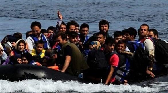 زورق لمهاجرين غير شرعيين (أرشيف)