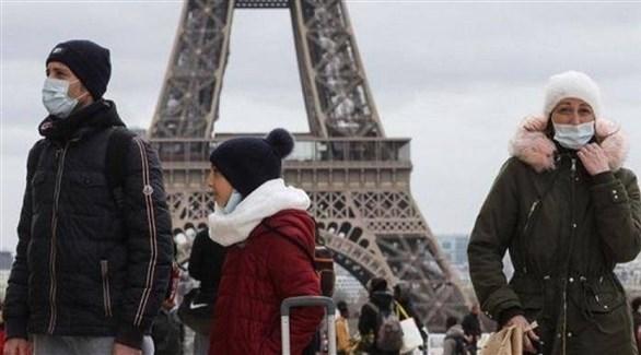 مواطنون في العاصمة باريس - أرشيف