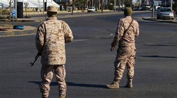 مسلحان في طرابلس الليبية (أرشيف)