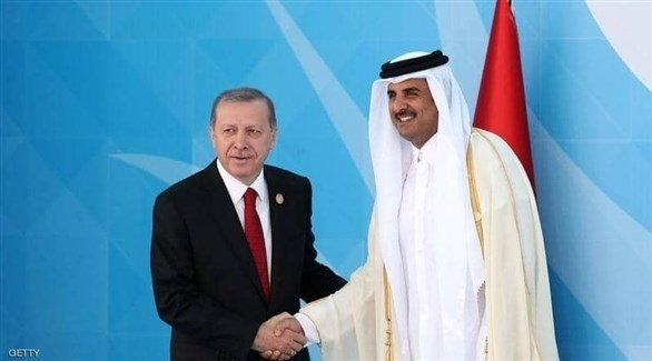 أمير قطر الشيخ تميم بن حمد والرئيس التركي رجب طيب أردوغان (أرشيف)