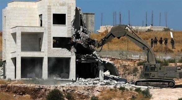 قوات إسرائيلية تهدم منزل عائلة فلسطينية (أرشيف)