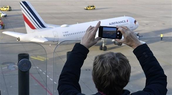آخر رحلة جوية تغادر المطار قبل الإغلاق - رويترز