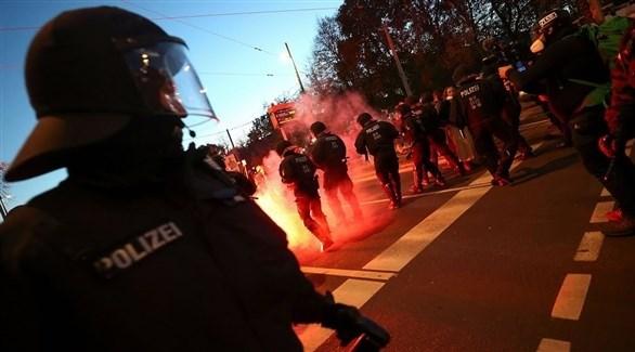 عناصر أمنية بمواجهة متظاهرين في ألمانيا (أرشيف)