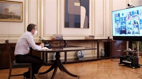 رئيس وزراء اليونان خلال الاجتماع (موقع يوناني إخباري)