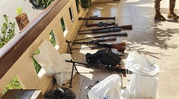 أسلحة ضبطها الجيش اللبناني في طرابس (فيس بوك)