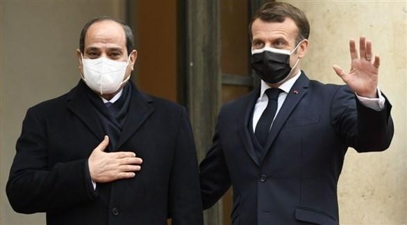 الرئيسان الفرنسي إيمانويل ماكرون والمصري عبدالفتاح السيسي (أرشيف)
