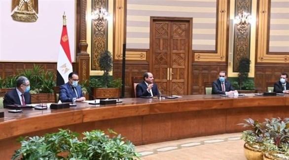 السيسي متحدثاً خلال استقباله الوفد الوزاري العراقي