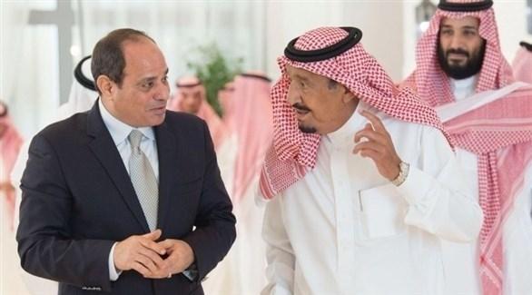 العاهل السعودي الملك سلمان والرئيس المصري عبدالفتاح السيسي (أرشيف)