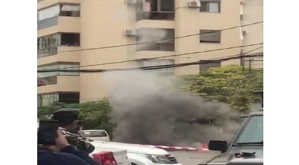 تصاعد الدخان بعد تفجير القنبلة في لبنان (وكالة الأنباء اللبنانية)