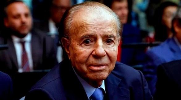 الرئيس الأرجنتيني السابق كارلوس منعم (أرشيف)