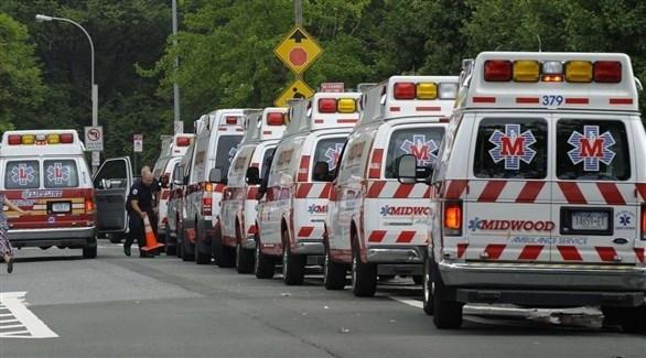 سيارات إسعاف في طابور أمام أحد مستشفيات كاليفورنيا (أرشيف)