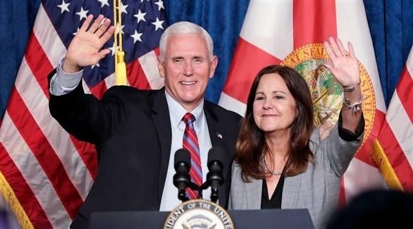 نائب الرئيس الأمريكي مايك بنس وزوجته كارين بنس (أرشيف)