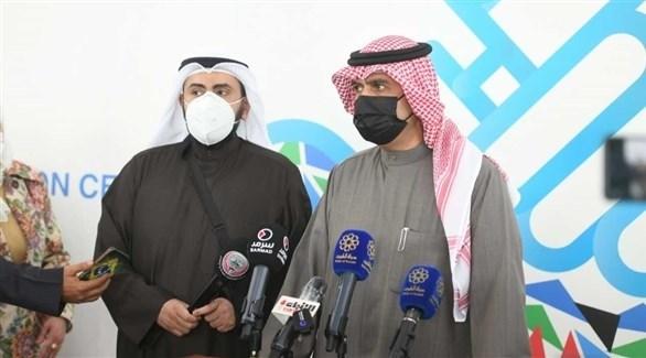 جانب من حديث وزير الصحة الكويتي مع الإعلاميين  (كونا)