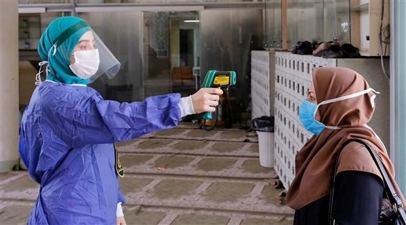 جانب من حملة فحوصات للكشف الحراري عن السكان في إيران (أرشيف)