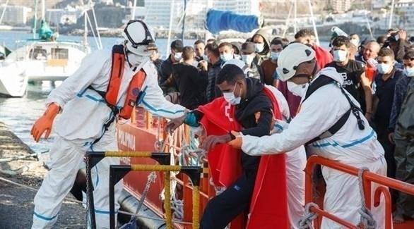 انقاذ مهاجرين على السواحل الإسبانية (أرشيف)