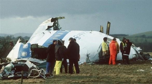 منقذون حول الطائرة الأمريكية بعد تفجيرها فوق لوكربي (أرشيف)