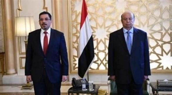 الرئيس اليمني عبد ربه منصور هادي  ووزير الخارجية اليمني أحمد بن مبارك (أرشيف)
