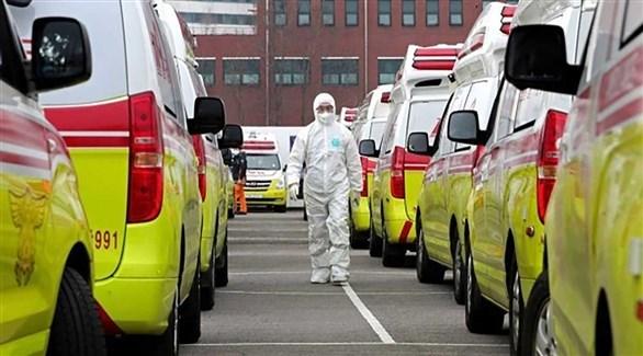 سيارات إسعاف لنقل مصابي كورونا إلى المشافي في إسبانيا (أرشيف)