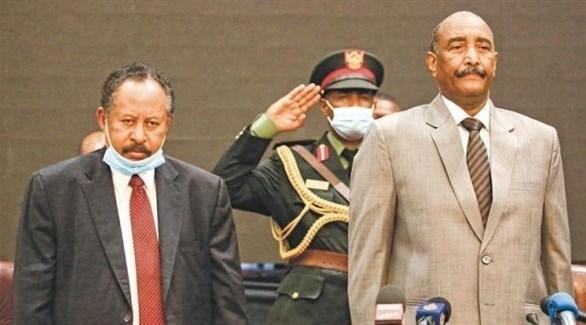 عبدالفتاح البرهان ورئيس الحكومة السودانية عبدالله حمدوك (أرشيف)