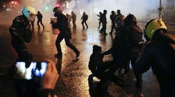 مواجهات بين الشرطة الفرنسية ومحتجين في باريس (أ ف ب)