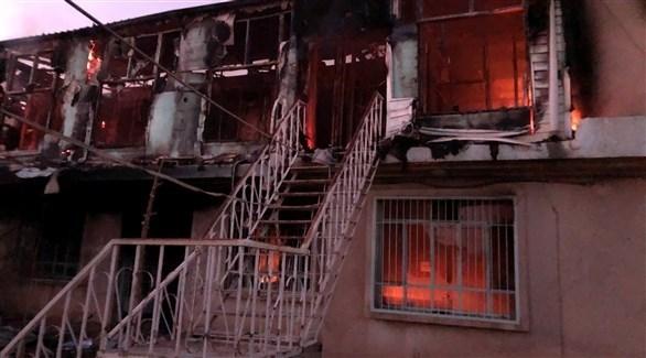 مقر للاتحاد الوطني الكردستاني أحرق من قبل متظاهرين (تويتر)
