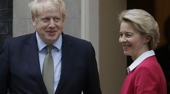 رئيسة المفوضية الأوروبية أورسولا فون دير لايين ورئيس الحكومة البريطانية بوريس جونسون (أرشيف)