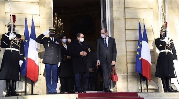 رئيس وزراء فرنسا جان كاستيكس يستقبل الرئيس المصري عبدالفتاح السيسي (تويتر)