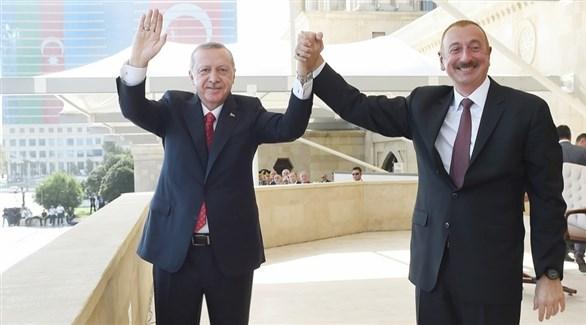 الرئيسان التركي رجب طيب أردوغان والأذري إلهام علييف (أرشيف)
