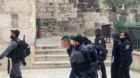 اعتقال الاحتلال للمصلين في باب الرحمة (أرشيف)