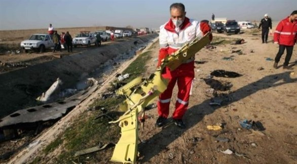 من موقع تحطم الطائرة الأوكرانية بالقرب من طهران (أرشيف)