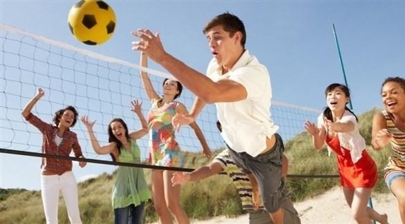 ضوء الشمس والنشاط الرياضي يؤثران على الصحة النفسية (تعبيرية)