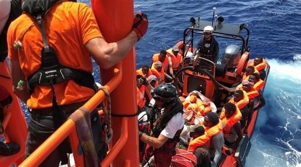 عملية أنقاذ سابقة لمهاجرين من وسط البحر المتوسط (أرشيف)
