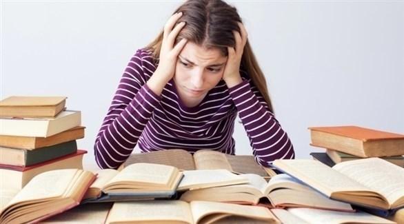 لتخفيف توتر الطفل الامتحانات