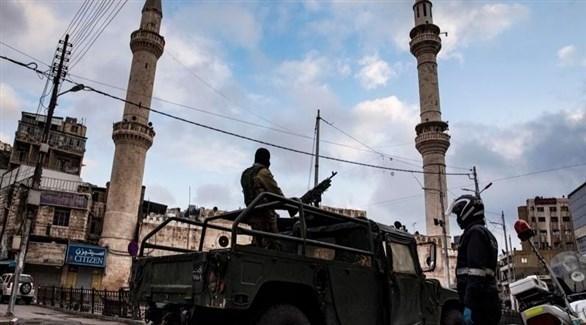 آلية عسكرية في وسط العاصمة الأردنية (اي بي ايه)