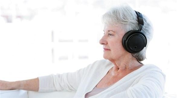 استمع إلى الموسيقى 30 دقيقة يومياً لتحمي قلبك (تعبيرية)