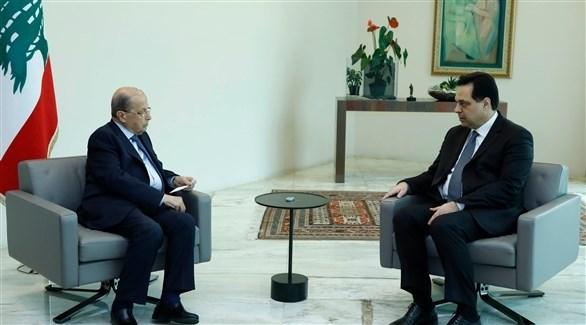 رئيس الحكومة اللبنانية حسان دياب في لقاء مع الرئيس ميشال عون قبل الجلسة الحكومية (دالاتي ونهرا)