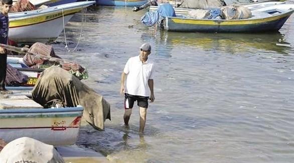 صياد فلسطيني في ميناء غزة (أرشيف)