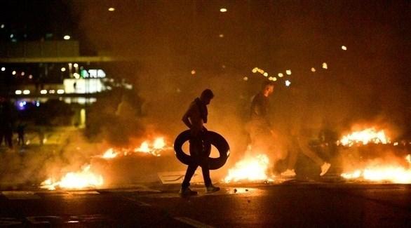 احراق للدواليب وقطع الطرق في مالمو، السويد (اي بي ايه)