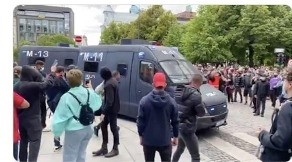 احتجاجات مناهضة للإسلام في النرويج (تويتر)