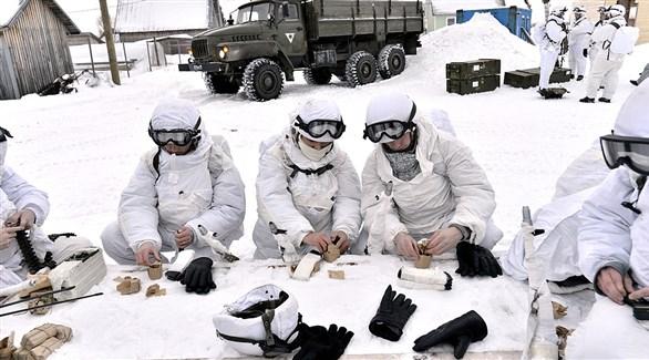 جنود روس في القطب الشمالي (تاس)