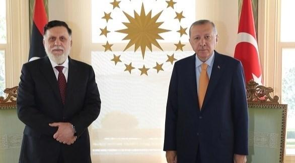 الرئيس التركي أردوغان ورئيس حكومة الوفاق السراج (أرشيف)