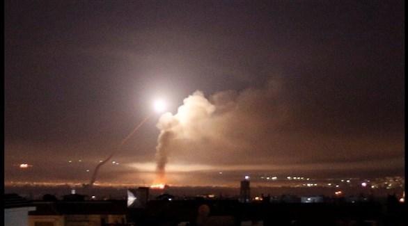 تصاعد الدخان بعد غارة إسرائيلية على سوريا (أرشيف)