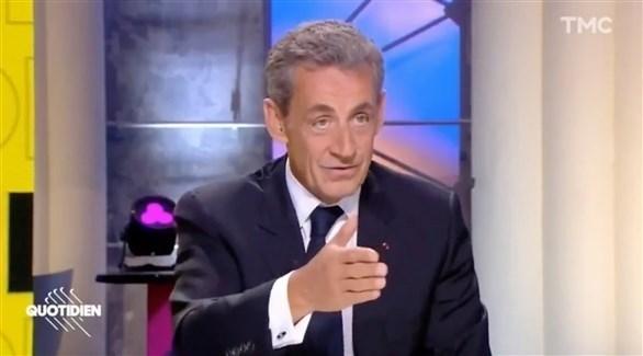 الرئيس الفرنسي الأسبق نيكولا ساركوزي خلال المقابلة التلفزيونية (تي أم سي)