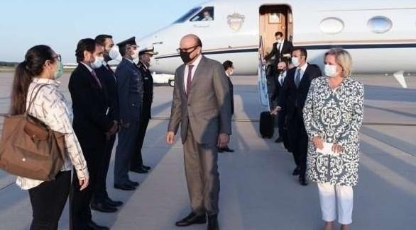 وزير الخارجية البحريني عبداللطيف بن راشد الزياني يصل واشنطن (وسائل إعلام بحرينية)