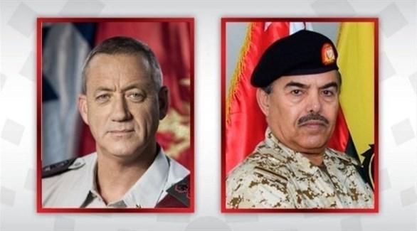 وزيرا الدفاع البحرينيالفريق الركن عبد الله بن حسن النعيمي والإسرائيلي بيني غانتس (وكالة الأنباء البحرينية)