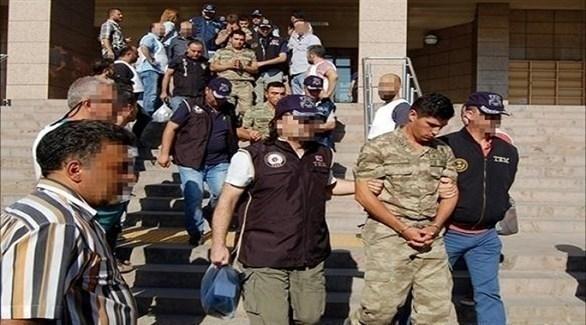 اعتقال عسكريين أتراك (أرشيف)