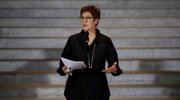 وزيرة الدفاع الألمانية أنيغريت كرامب-كارنباور  (أرشيف)